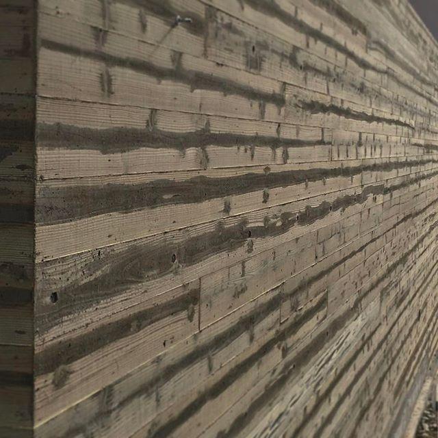 杉板の本実型枠のコンクリート#フォトブートキャンプ15 #フォトブートキャンプ 得意分野で嬉しいです自分で作りましたよ。